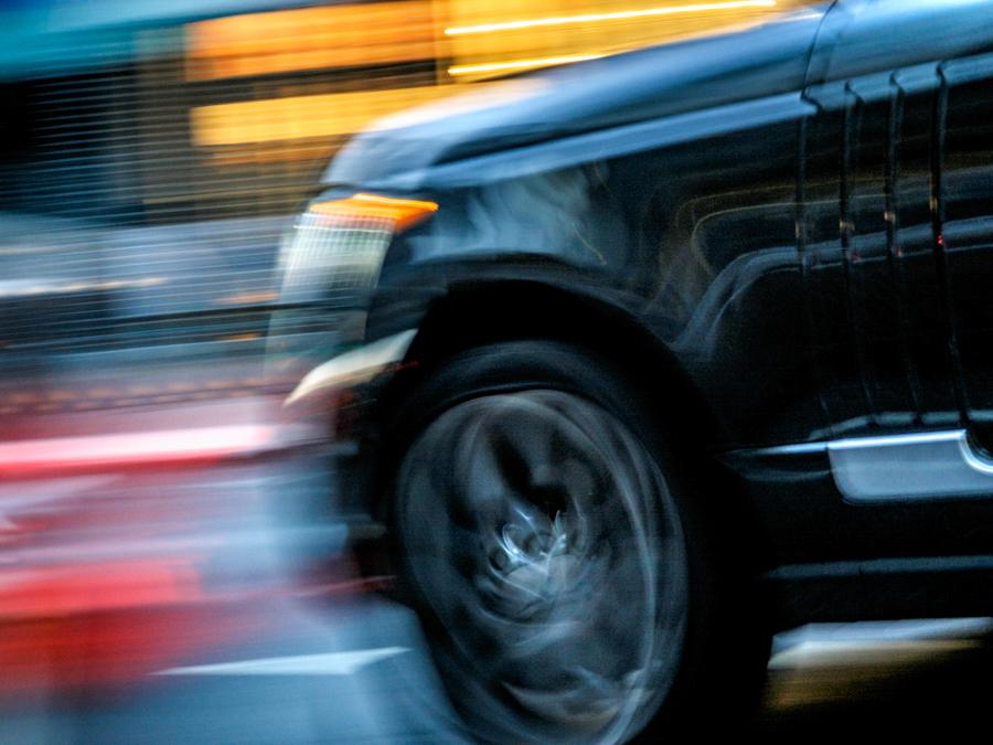 cours-photo-montpellier-mode-priorite-vitesse-voiture